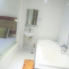 Отель Son And Daughter Guesthouse Нячанг ванная