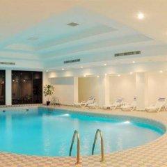 Отель Рамада Ташкент Узбекистан, Ташкент - отзывы, цены и фото номеров - забронировать отель Рамада Ташкент онлайн бассейн фото 3
