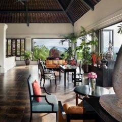 Отель The Pavilions Phuket питание