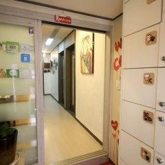 Отель Soo Guesthouse сейф в номере