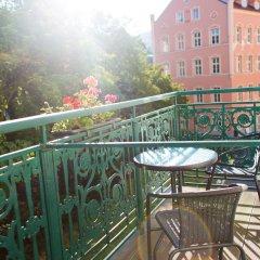 Отель Ontario Чехия, Карловы Вары - отзывы, цены и фото номеров - забронировать отель Ontario онлайн балкон