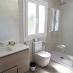 Отель Coral Beach Aparthotel ванная