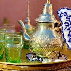 Отель Riad Koutoubia Royal Marrakech Марокко, Марракеш - отзывы, цены и фото номеров - забронировать отель Riad Koutoubia Royal Marrakech онлайн гостиничный бар
