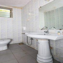 Отель OYO 14036 Calangute Гоа ванная