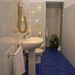 Отель Balbi Hotel Италия, Генуя - 1 отзыв об отеле, цены и фото номеров - забронировать отель Balbi Hotel онлайн ванная