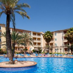 Отель Aparthotel Cabau Aquasol бассейн