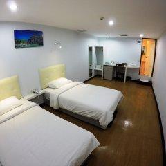 Отель Vplace Silom Бангкок комната для гостей фото 4
