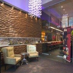 Отель Executive Hotel Cosmopolitan Toronto Канада, Торонто - отзывы, цены и фото номеров - забронировать отель Executive Hotel Cosmopolitan Toronto онлайн интерьер отеля фото 3