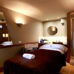 Отель Macdonald Holyrood Эдинбург спа
