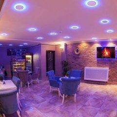 Hurriyet Hotel Турция, Стамбул - 10 отзывов об отеле, цены и фото номеров - забронировать отель Hurriyet Hotel онлайн интерьер отеля