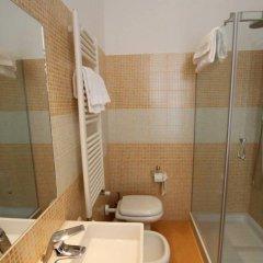 Отель La Madonnina Италия, Милан - 1 отзыв об отеле, цены и фото номеров - забронировать отель La Madonnina онлайн ванная