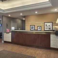 Отель Hampton Inn NY-JFK Jamaica-Queens США, Нью-Йорк - 1 отзыв об отеле, цены и фото номеров - забронировать отель Hampton Inn NY-JFK Jamaica-Queens онлайн интерьер отеля