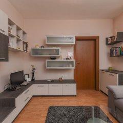 Апартаменты FM Deluxe 1-BDR Apartment - Iconic Donducov Boulevard София в номере