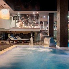 Отель Miguel Angel by BlueBay Испания, Мадрид - 2 отзыва об отеле, цены и фото номеров - забронировать отель Miguel Angel by BlueBay онлайн бассейн фото 2