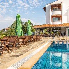 Отель Family Hotel St. Konstantin Болгария, Ардино - отзывы, цены и фото номеров - забронировать отель Family Hotel St. Konstantin онлайн бассейн фото 3