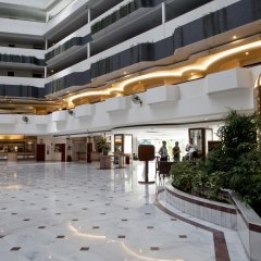 Отель Bayview Beach Resort Малайзия, Пенанг - 6 отзывов об отеле, цены и фото номеров - забронировать отель Bayview Beach Resort онлайн интерьер отеля