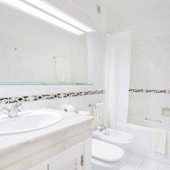 Отель Jardim do Vau Португалия, Портимао - отзывы, цены и фото номеров - забронировать отель Jardim do Vau онлайн ванная