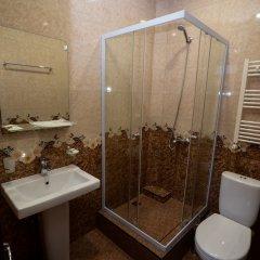 Отель Olympic Армения, Гюмри - отзывы, цены и фото номеров - забронировать отель Olympic онлайн ванная
