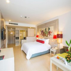 Отель Ramada by Wyndham Phuket Deevana Patong Стандартный номер с различными типами кроватей фото 5
