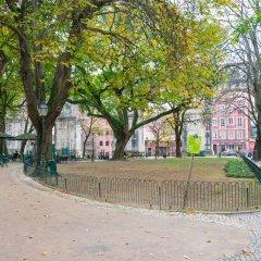 Отель The Mulberry Tree Lisbon Hostel Португалия, Лиссабон - отзывы, цены и фото номеров - забронировать отель The Mulberry Tree Lisbon Hostel онлайн спортивное сооружение