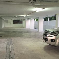 Отель Leelawadee Naka парковка