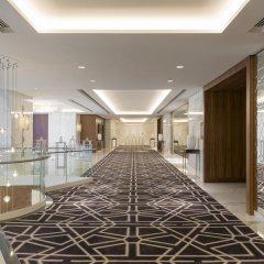 Отель Sheraton Grand Hotel, Dubai ОАЭ, Дубай - 1 отзыв об отеле, цены и фото номеров - забронировать отель Sheraton Grand Hotel, Dubai онлайн интерьер отеля фото 3