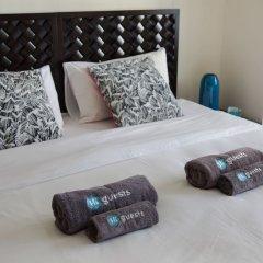 Отель HiGuests Vacation Homes-Marina Quays сейф в номере