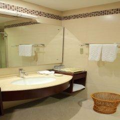 Отель Zhongshan Leeko Hotel Китай, Чжуншань - отзывы, цены и фото номеров - забронировать отель Zhongshan Leeko Hotel онлайн ванная