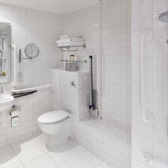 Отель DoubleTree by Hilton Hotel London - Westminster Великобритания, Лондон - 4 отзыва об отеле, цены и фото номеров - забронировать отель DoubleTree by Hilton Hotel London - Westminster онлайн ванная