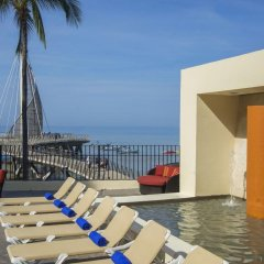Отель San Marino Vallarta Centro Beach Front Пуэрто-Вальярта бассейн фото 2