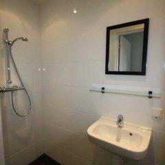 Отель Budget Hotel Hortus Нидерланды, Амстердам - 1 отзыв об отеле, цены и фото номеров - забронировать отель Budget Hotel Hortus онлайн ванная фото 2