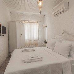 Отель Alacati Alanur Otel Чешме комната для гостей фото 2