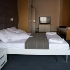 Отель B&B Galleria Del Reno Италия, Болонья - отзывы, цены и фото номеров - забронировать отель B&B Galleria Del Reno онлайн комната для гостей фото 3