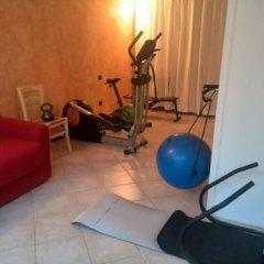 Отель Residence Il Fiore Del Garda Манерба-дель-Гарда фитнесс-зал фото 2