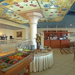 Отель Bellevue Hotel Болгария, Золотые пески - 5 отзывов об отеле, цены и фото номеров - забронировать отель Bellevue Hotel онлайн питание