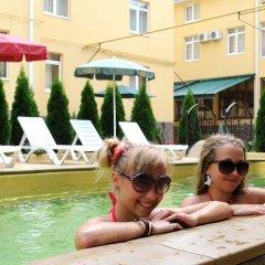 Гостиница Green Hosta в Сочи 2 отзыва об отеле, цены и фото номеров - забронировать гостиницу Green Hosta онлайн бассейн фото 3