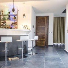 Отель Paramount Bay Penthouse Бирзеббуджа гостиничный бар