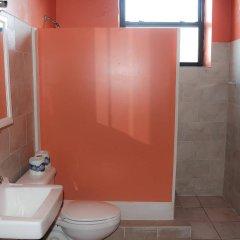 Отель NY Moore Hostel США, Нью-Йорк - 1 отзыв об отеле, цены и фото номеров - забронировать отель NY Moore Hostel онлайн ванная фото 2