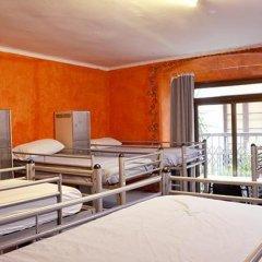 Arco Youth Hostel A&a Барселона комната для гостей