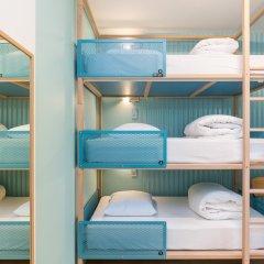Отель Hôtel OZZ By Happyculture 2* Стандартный номер с различными типами кроватей фото 10