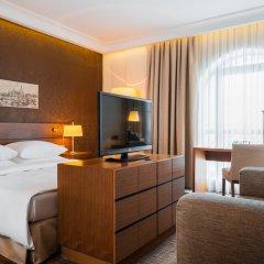Гостиница Radisson Blu, Подол, центр Киева Украина, Киев - 3 отзыва об отеле, цены и фото номеров - забронировать гостиницу Radisson Blu, Подол, центр Киева онлайн комната для гостей фото 2