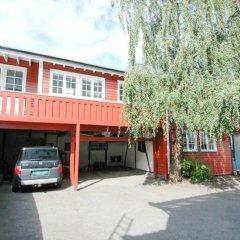 Отель Solferie Holiday Home - Skippergata Норвегия, Кристиансанд - отзывы, цены и фото номеров - забронировать отель Solferie Holiday Home - Skippergata онлайн парковка