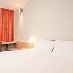 Отель ibis Liège Centre Opéra комната для гостей