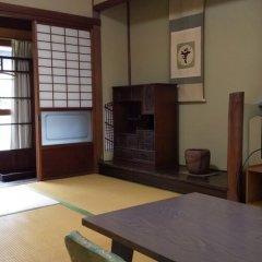 Отель Ebisuya Araki Ryokan Аиои удобства в номере