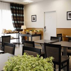 Отель Nemea Appart'Hotel Toulouse Saint-Martin Франция, Тулуза - отзывы, цены и фото номеров - забронировать отель Nemea Appart'Hotel Toulouse Saint-Martin онлайн питание