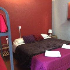 Отель Els Angels Hostal Барселона комната для гостей