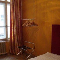 Отель SHS Hotel Papageno Австрия, Вена - 8 отзывов об отеле, цены и фото номеров - забронировать отель SHS Hotel Papageno онлайн сейф в номере