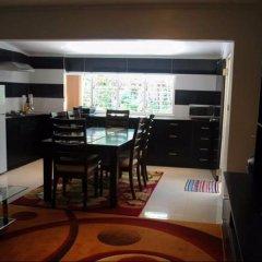 Апартаменты Hibiscus Apartments в номере