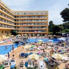 Отель Medplaya Hotel Calypso Испания, Салоу - отзывы, цены и фото номеров - забронировать отель Medplaya Hotel Calypso онлайн пляж фото 2