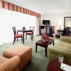 Отель Holiday Inn Rosslyn At Key Bridge комната для гостей